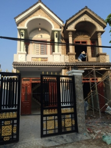 Nhà đất dĩ an bán nhà mặt tiền đường Nguyễn Hữu Cảnh giá rẻ