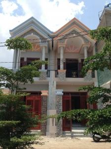 nhà đất dĩ an cần bán gấp căn nhà nằm ở đường Nguyễn Thị Minh Khai