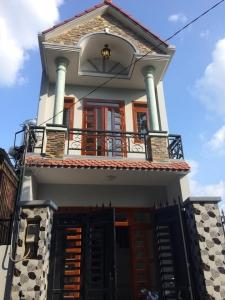 Bán nhà Linh Xuân ,Thủ Đức nằm ngay đường số 8 gần chợ - sân vân động