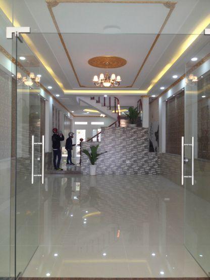 Nhà dĩ an bán tại Trung Tâm Thị Xã thiết kế kiểu biệt thự rất đẹp.