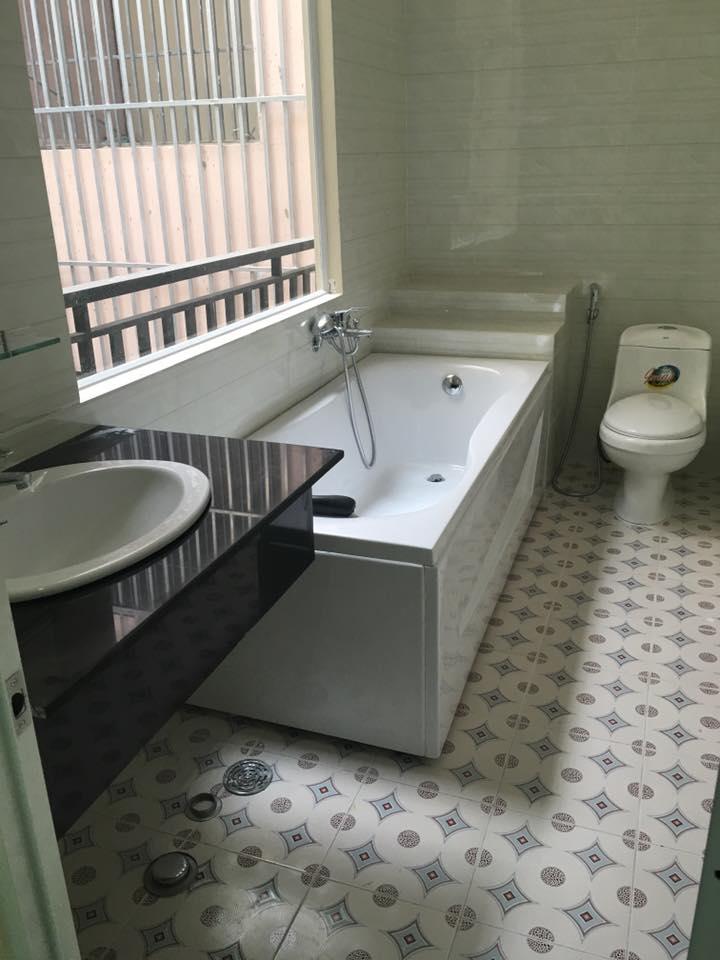 Bán nhà dĩ an bình dương kiểu biệt thự giá chính chủ nội thất cao cấp!