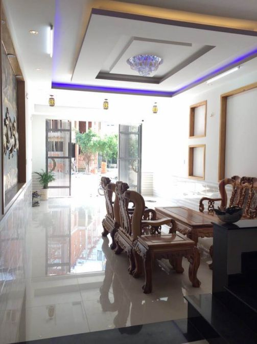 Biệt thự khu trung tâm hành Chính Dĩ  An càn bán gấp giá chính chủ.