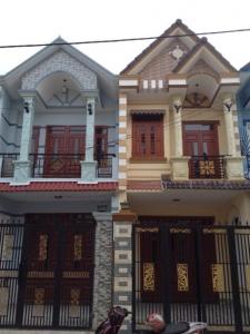 Nhà đường 10m khu dân cư đông gần chợ Ngã ba cây điệp tại Dĩ An bán gấp !