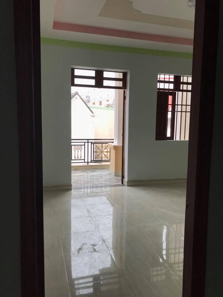 Bán nhà cách trục đường Trần Hưng Đạo 100m ngay sau lưng sân vận động đông Hòa Dĩ An