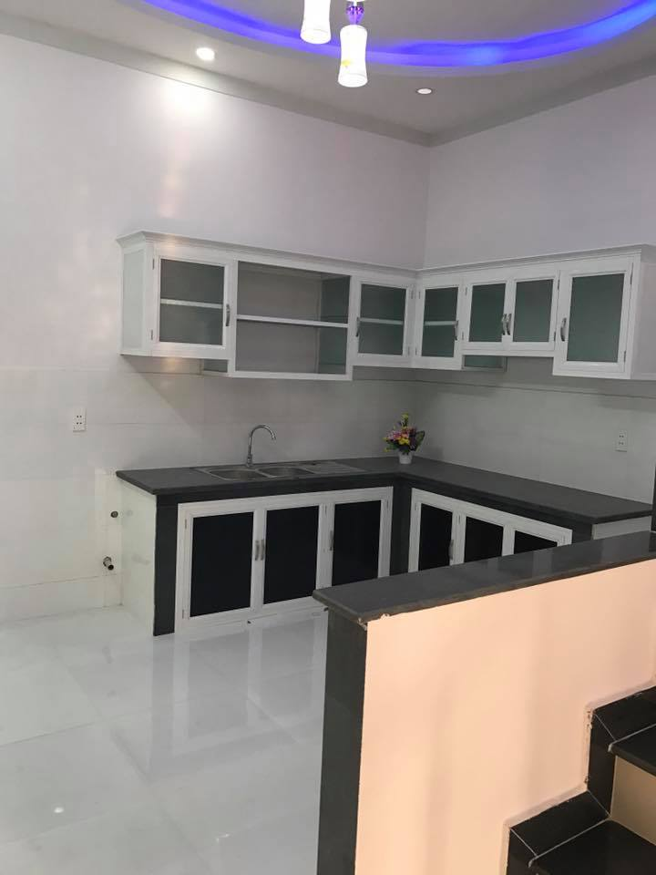 Nhà lầu dĩ an gần ngã tư Bình Thung QL1K bán gấp vị trí đẹp giá rẻ!
