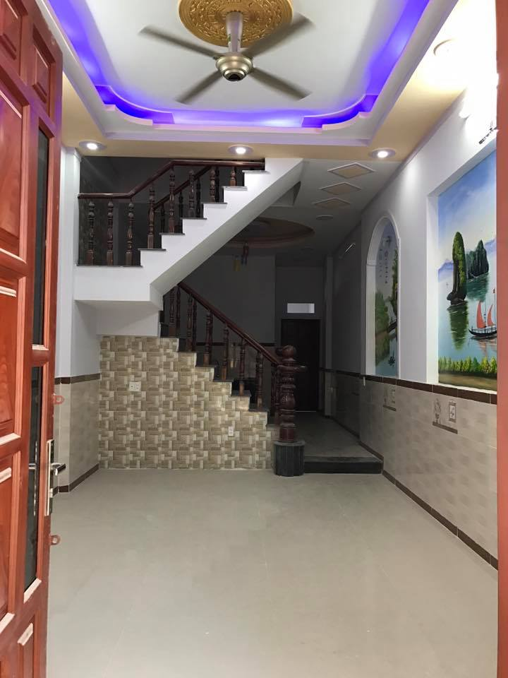 Bán nhà dĩ an ngay kế trung tâm hành chính đường Ngô Thì Nhâm , sổ hồng riêng.