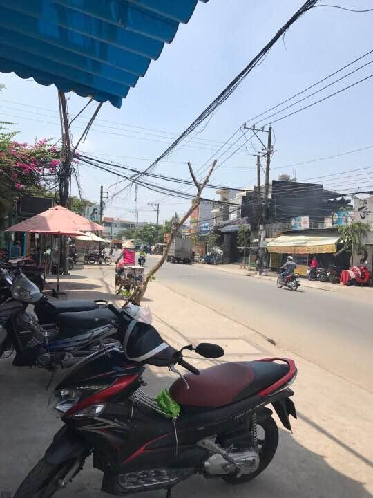 Bán nhà mặt tiền Dĩ An ngay đường Nguyễn TRi Phương gần chợ Dĩ An 2