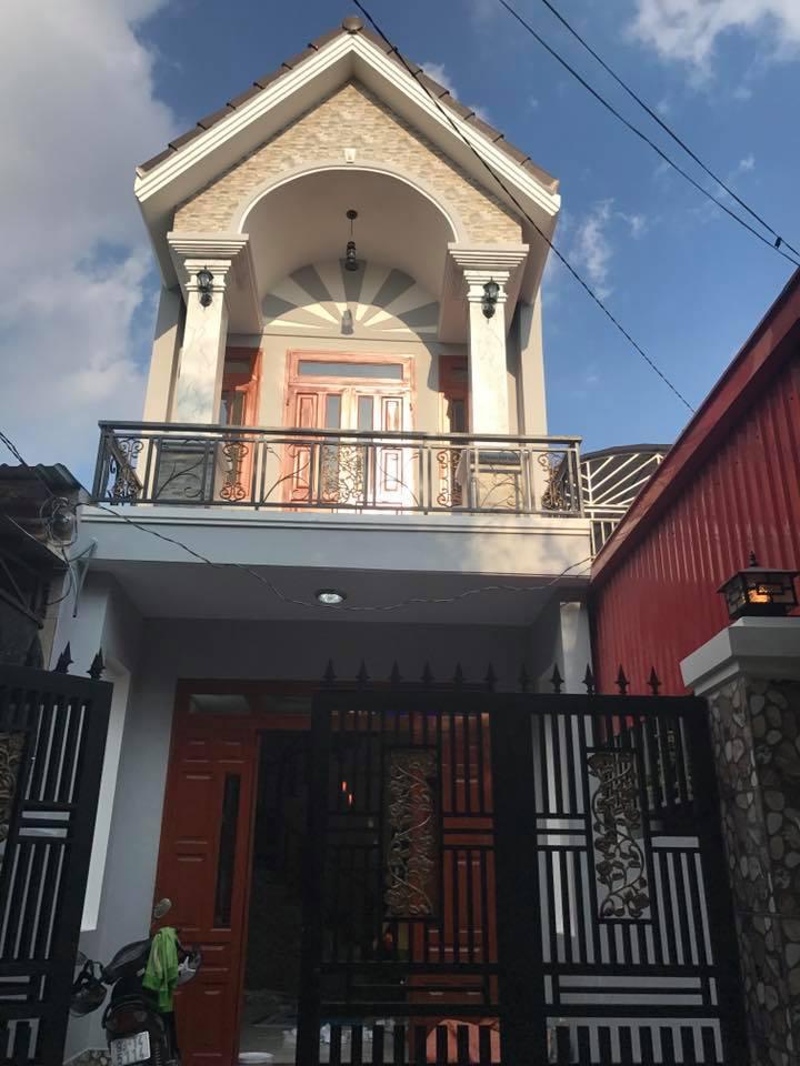 Bán nhà đường Mạch Thị Liếu Dĩ An đường thông khu dân trí cao giá chính chủ.