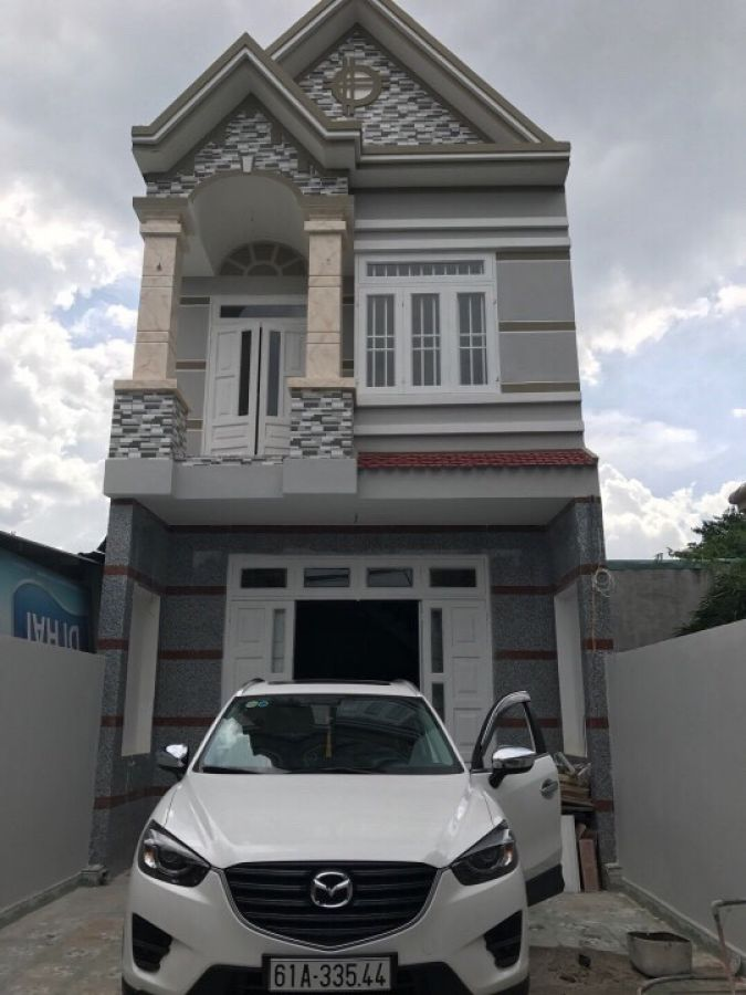 Bán nhà 1 lầu cách đường Trần Hưng Đạo 50m tại Dĩ An gần sân vận động