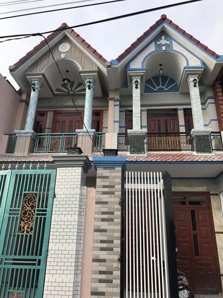 Bán nhà lầu dĩ an đường thông khu dân trí cao , gần đường Mỹ Phước Tân Vạn
