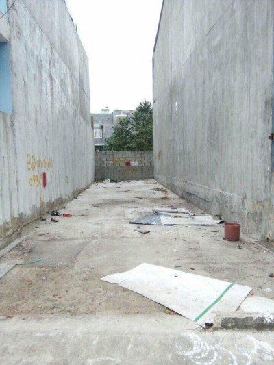 Bán đất dĩ an 74m cách chợ 500m đường 6m khu dân cư sầm uất sổ hồng chính chủ.