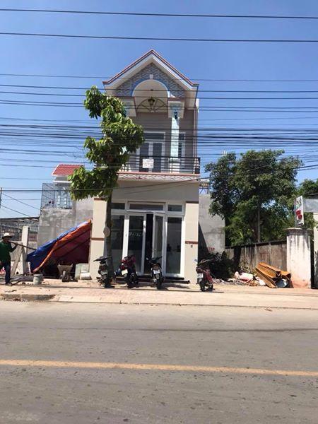 Bán nhà mặt tiền đường Trần Quang Khải dĩ an kinh doanh buôn bán tốt